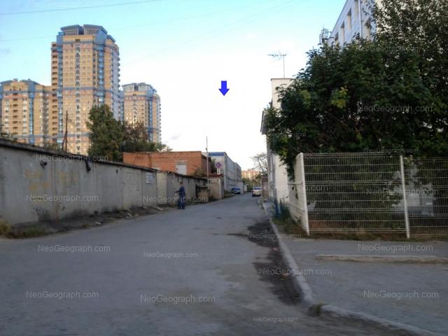 Адрес(а) на фотографии: улица Айвазовского, 53, 53в, Екатеринбург