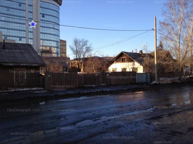 Адрес(а) на фотографии: Основинская улица, 6, 10, Екатеринбург