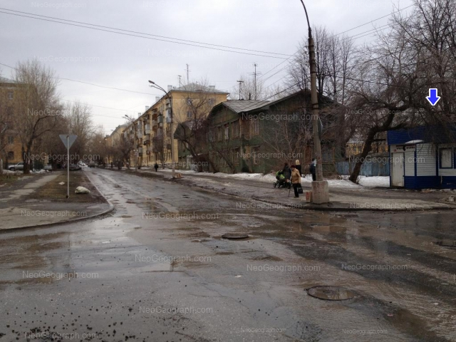 Адрес(а) на фотографии: улица Стачек, 25, 27, 27б, 30, Екатеринбург