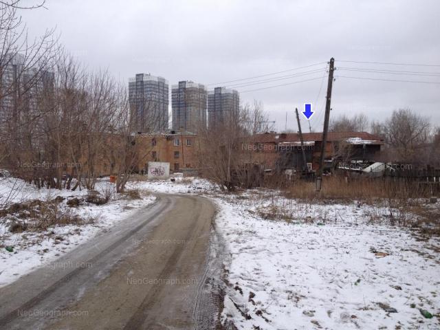 Адрес(а) на фотографии: улица Полежаевой, 43, 43а, Екатеринбург