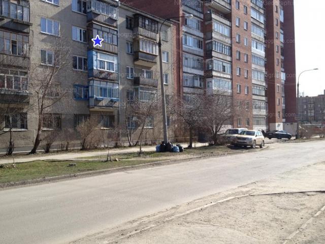 Address(es) on photo: Nadezhdinskaya street, 8, 10, Yekaterinburg