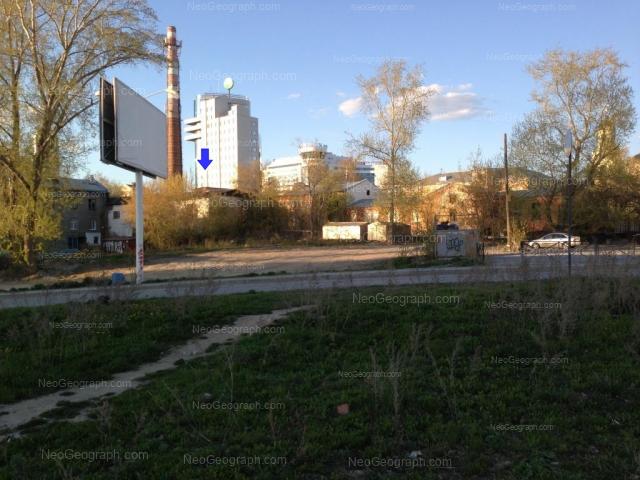 Адрес(а) на фотографии: улица Розы Люксембург, 49, 51, 52а, Екатеринбург