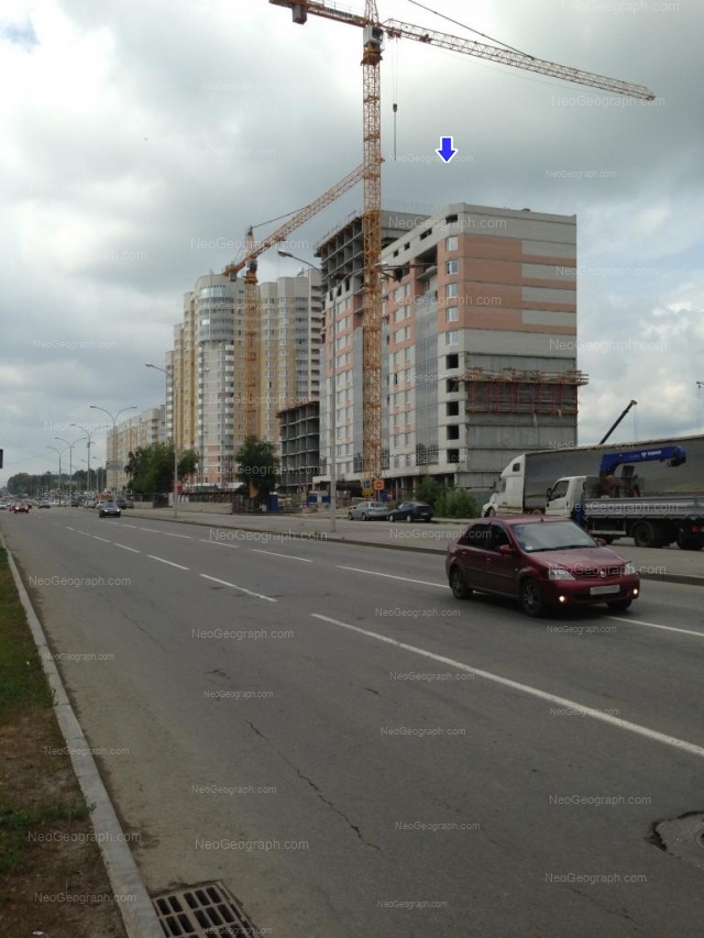 Адрес(а) на фотографии: улица Бакинских Комиссаров, 99, 101, Екатеринбург