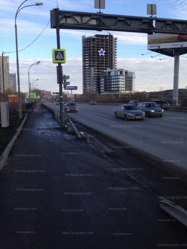 Адрес(а) на фотографии: улица Ткачей, 23, 25, Екатеринбург