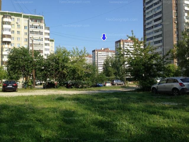 Адрес(а) на фотографии: улица Уральских Рабочих, 15, 21, 23, 25, Екатеринбург