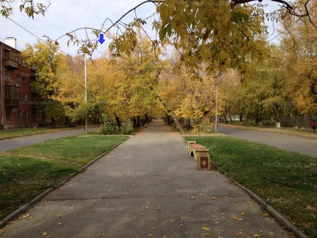 Адрес(а) на фотографии: Кировградская улица, 5, 9, 34, Екатеринбург