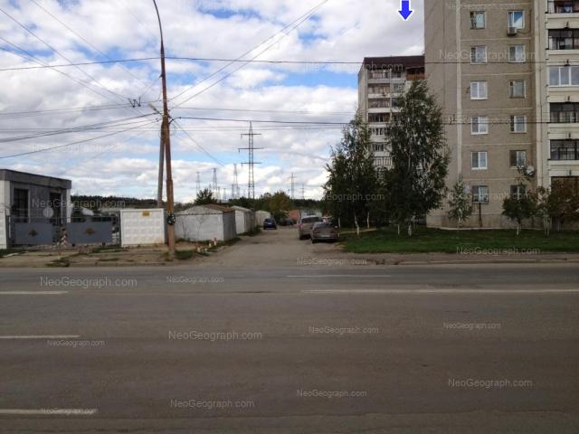 Адрес(а) на фотографии: улица Бакинских Комиссаров, 169б, 169в, Екатеринбург