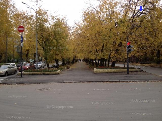 Адрес(а) на фотографии: Кировградская улица, 7, 30А, Екатеринбург