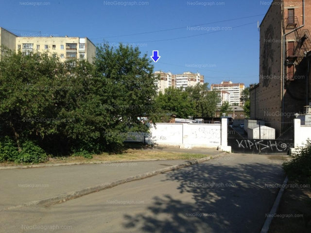 Адрес(а) на фотографии: улица Уральских Рабочих, 15, 17, 21, Екатеринбург