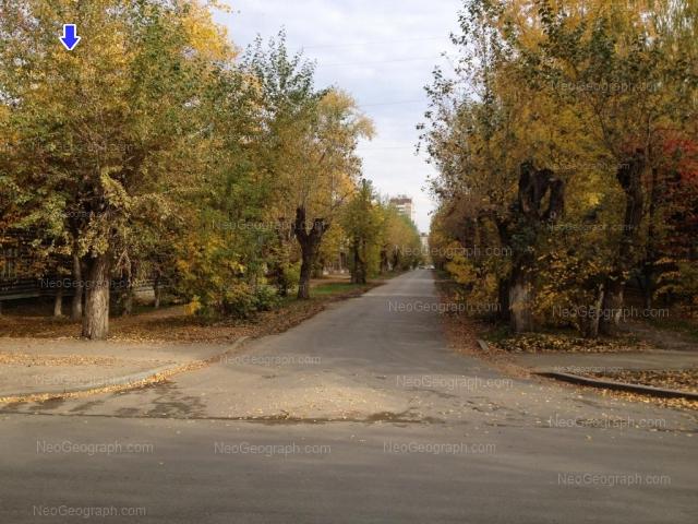 Адрес(а) на фотографии: Кировградская улица, 12, 14, Екатеринбург