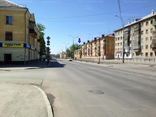 Адрес(а) на фотографии: Донбасская улица, 22, 23, 25, 27, Екатеринбург