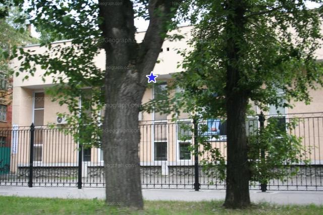 Адрес(а) на фотографии: улица Машиностроителей, 11, Екатеринбург