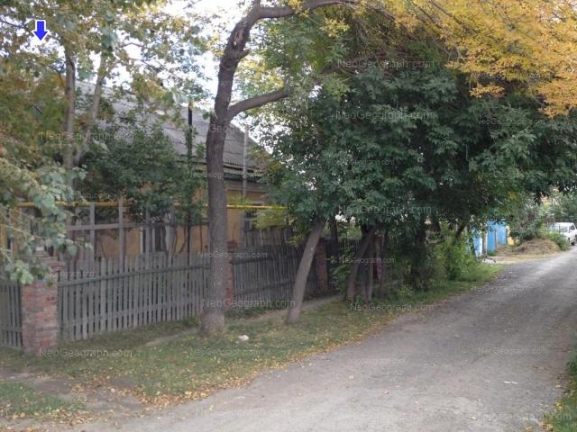 Адрес(а) на фотографии: улица Бакинских Комиссаров, 152, Екатеринбург
