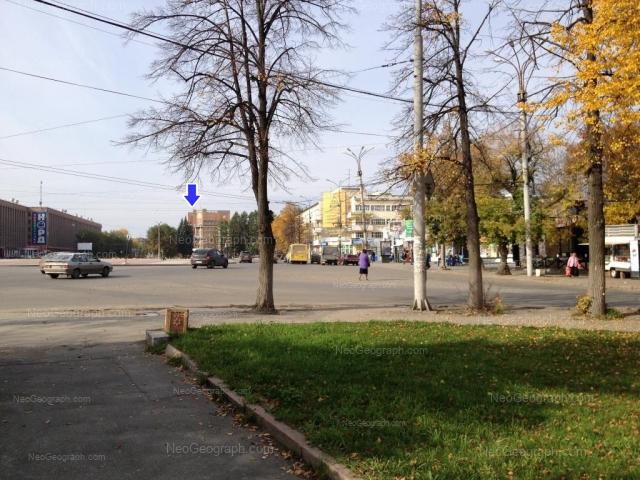 Адрес(а) на фотографии: улица Машиностроителей, 4, 19, Екатеринбург