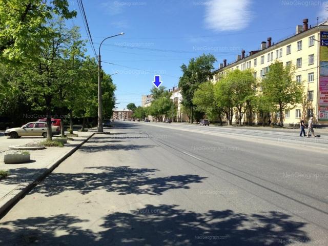 Адрес(а) на фотографии: улица Машиностроителей, 24, 28, 32, Екатеринбург