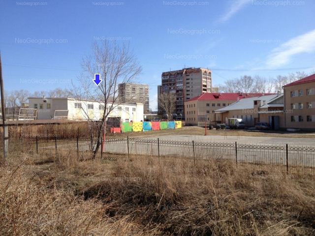 Адрес(а) на фотографии: улица Пехотинцев, 2А/1, 4а, 6, Екатеринбург