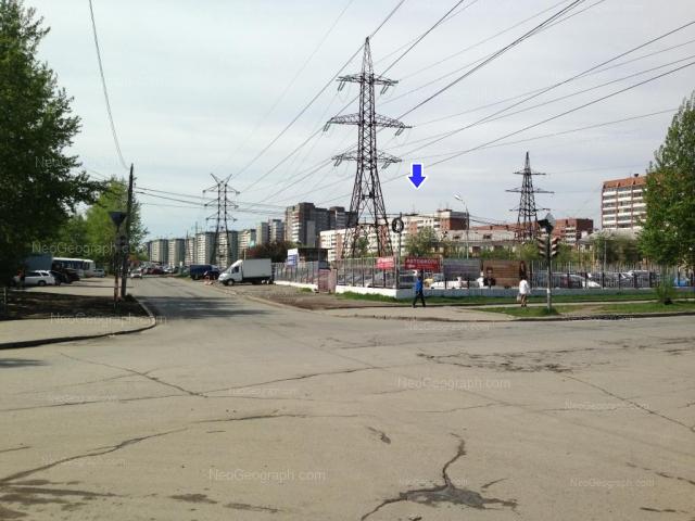 Адрес(а) на фотографии: улица Бебеля, 117, 119, 121, 123, Екатеринбург