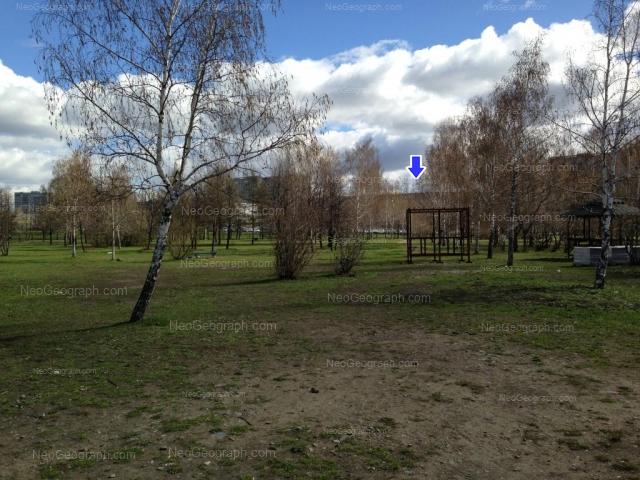 Адрес(а) на фотографии: улица Бебеля, 115, 152, 154, 158, Екатеринбург