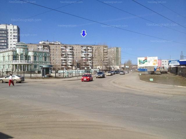 Адрес(а) на фотографии: улица Пехотинцев, 21, 21а, 25, Екатеринбург