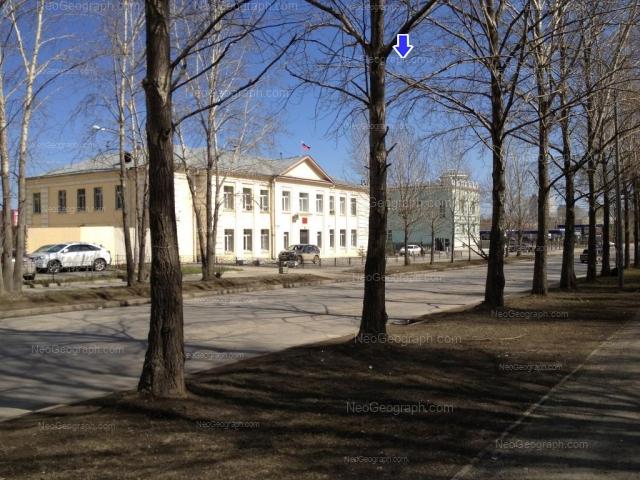 Адрес(а) на фотографии: улица Пехотинцев, 23, 25, Екатеринбург